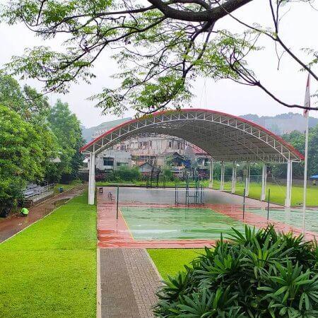 Lapangan Olahraga Semi Indoor