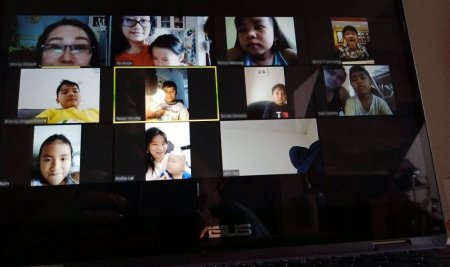 Memaksimalkan Teknologi dalam Proses Belajar Mengajar Jarak Jauh atau Online