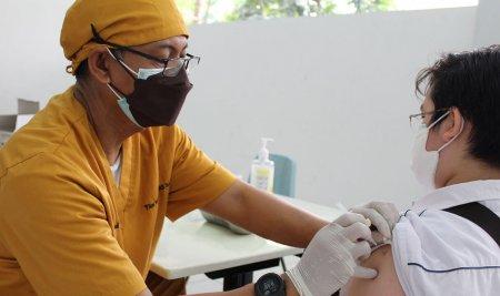 Vaksinasi Massal Pelajar Kota Bogor